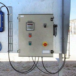 Dosificador DEL-200 utilizado para cargar cisternas de aceite