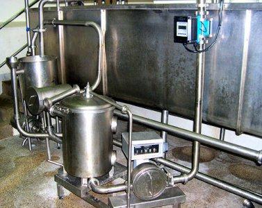 Descargas de leche con desgasificador y electromagnético